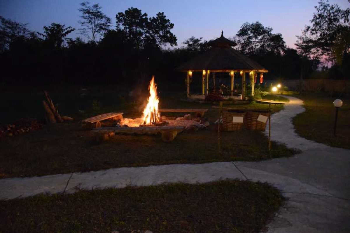 Museflower Retreat And Spa Bonfire Pit By Lake Dusk Small