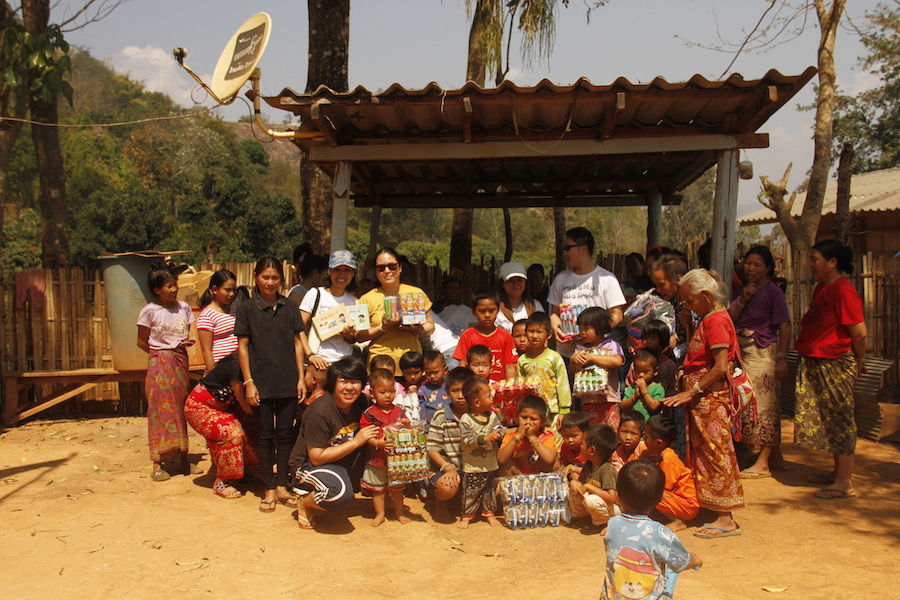 Museflower Retreat And Spa Clothing Donation 2016 Lahu Hill Tribe Village March 2017